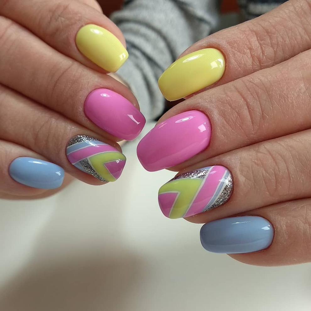 Маникюр дизайн ногтей фото 2020 лето