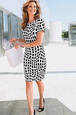 Черно-белое платье