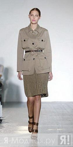 Серая вязаная юбка с чем носить