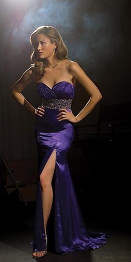 Платье с корсетом