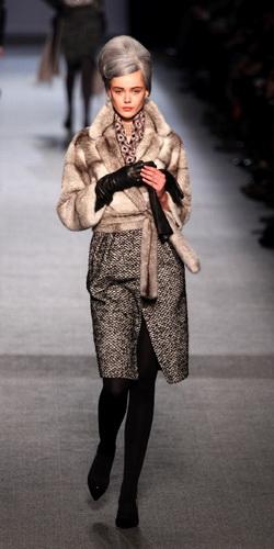 Модная одежда из меха: зима 2011-2012