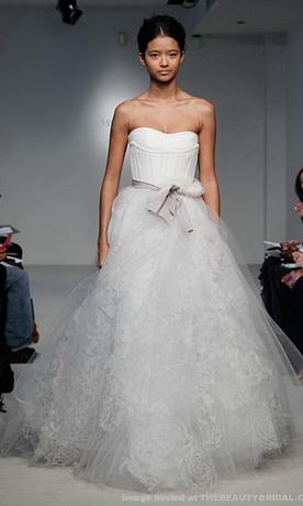 Весільні сукні фото