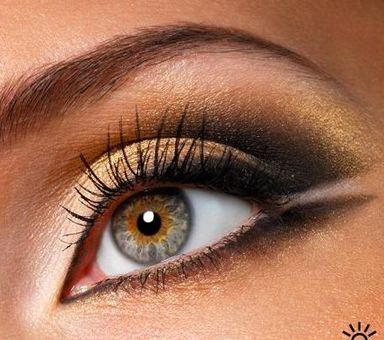 макияж глаз стрелки