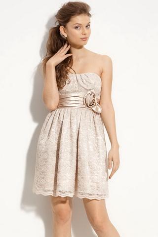 платье без бретелек и лямок