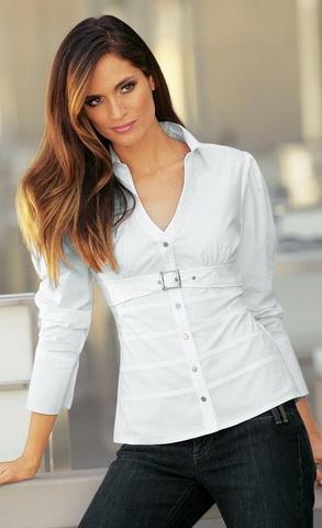 b14 Вибираємо білу блузку
