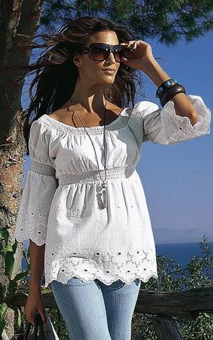 b31 Вибираємо білу блузку