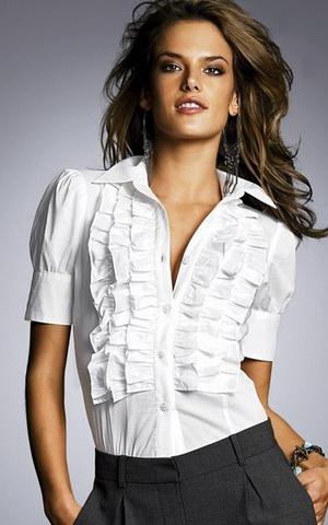 b37 Вибираємо білу блузку