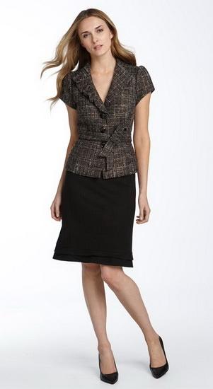 Женский деловой костюм