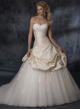 свадебные платья мода 2011